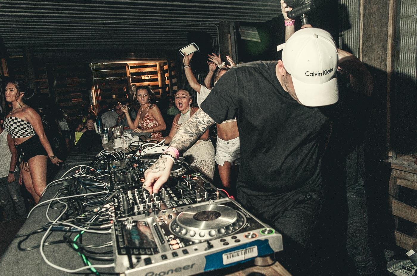 Vakarėlių fotografija. lstudio.lt fotografija